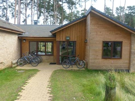 Executive 4 Bedroom Lodge Woburn The Front Of Our Lodge Picture Of Center Parcs Woburn