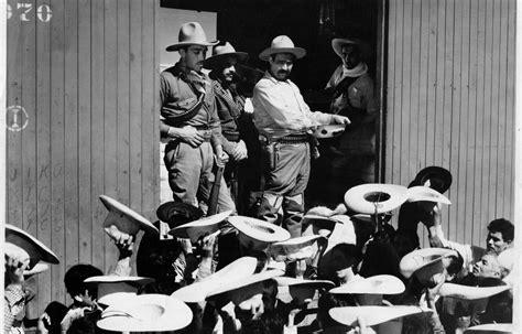 en la revolucion mexicana pancho villa 161 v 225 monos con pancho villa para celebrar la revoluci 243 n