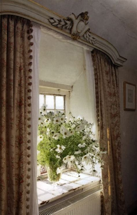 love  french country window   crowning cornice
