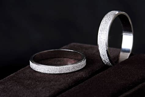 platinum wedding rings his and hers free engraving platinum rings his and hers promise rings