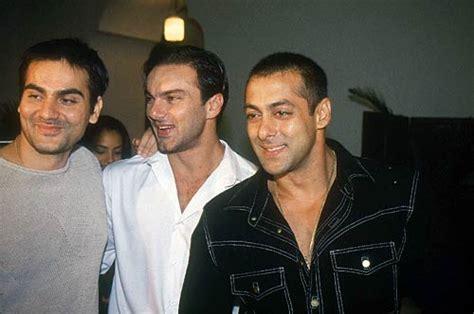 Salman Synthetic Hair | rare pics of superstar salman khan photo10 india today
