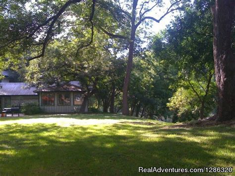 guadalupe river front vacation rentals river rd new