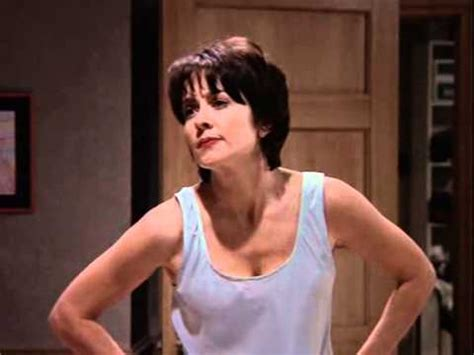 picture patricia heaton in first episode of everybody loves raymond everybody loves raymond no youtube