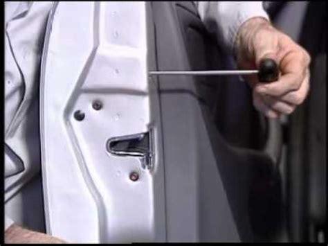 door lock cylinder removal w163