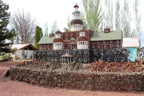 Petersen Rock Garden And Museum Petersen Rock Garden Museum Petersen Rock Garden Redmond Or Central Oregon Rolling In An Rv