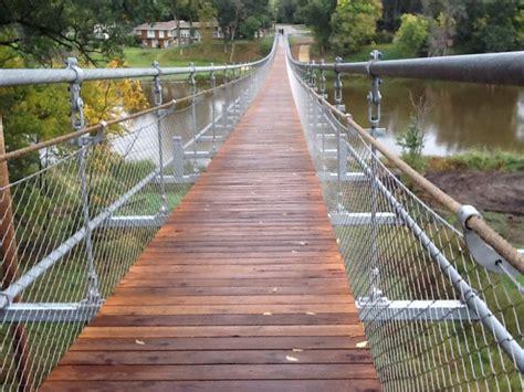 souris swinging bridge souris swinging bridge nude photos