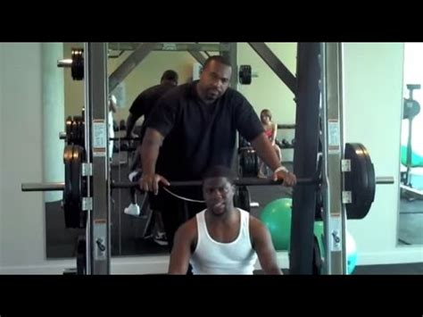 kevin hart bench press 225 bench competition bodybuilders vs football players