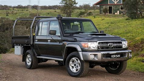 land cruiser 70 toyota landcruiser 70 series dual cab 2016 review