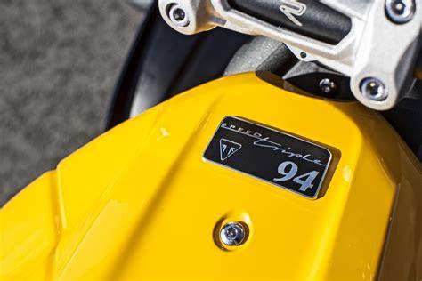 Motorradhersteller Embleme by Triumph Speed 94 Im Handel