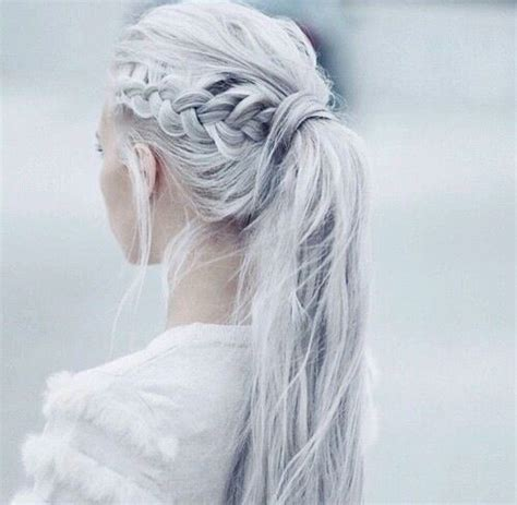 Hairstyles For White Hair by The 25 Best Ideas About White Hair On