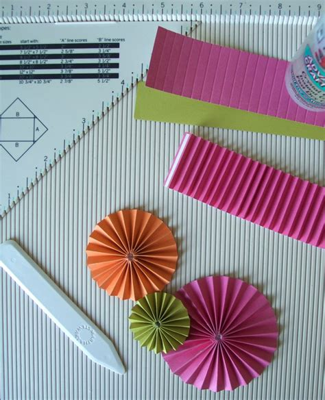 How To Make A Paper Rosette - 1000 images about flower and rosette tutorials on