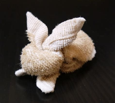 Washcloth Origami - 12 washcloth bunny patterns guide patterns