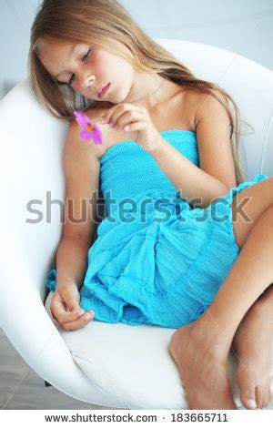 daisy model preteen preteen daisy girl stock photos images pictures
