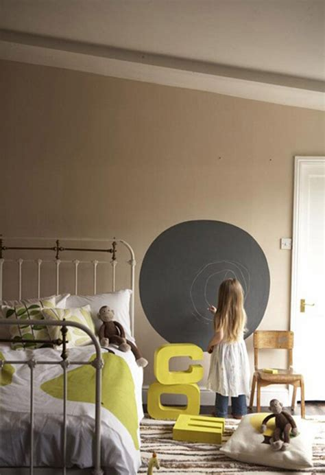 bedrooms with chalkboard paint chalkboard paint in kids room the style files