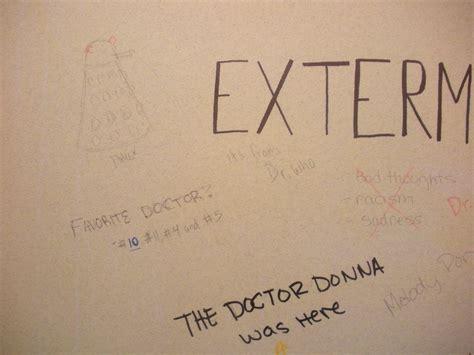 best bathroom graffiti pin best bathroom graffiti ever on pinterest