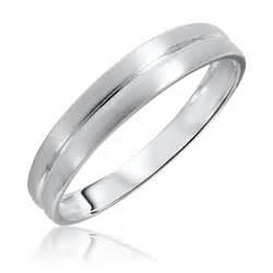 traditional mens wedding band 14k white gold my trio rings bt309w14km