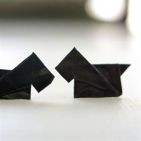 Origami Scottie - diy origami scottie earrings