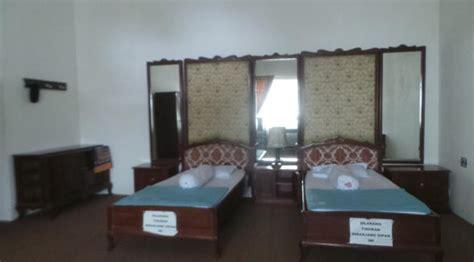 Rumah Menumbing melongok rumah pengasingan soekarno dan hatta di bangka