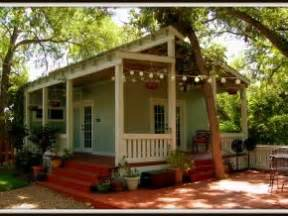 wonder cottage or granny pod granny flat backyards and porches on pinterest
