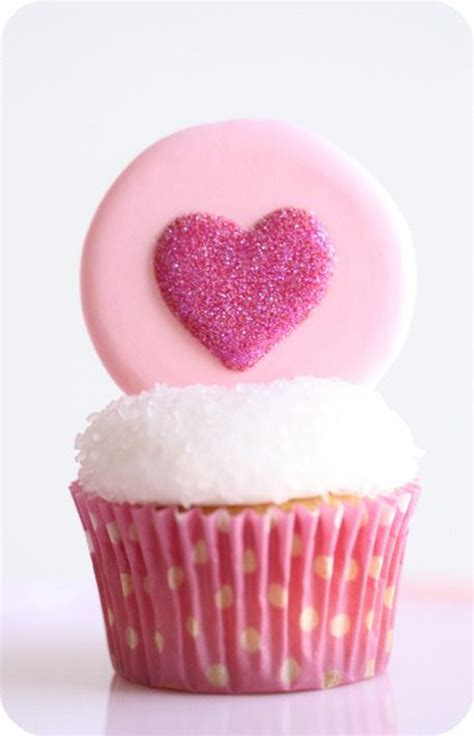 valentines cupcake ideas 25 pretty cupcakes for s day one charming day