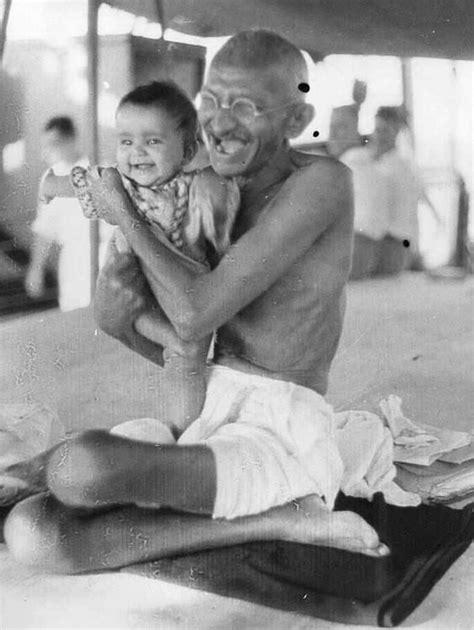 biography of mahatma gandhi in points mahatma gandhi my main personality pinterest mahatma