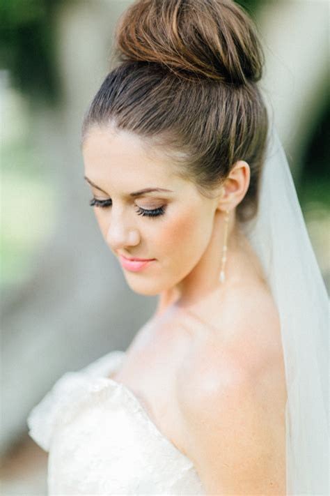 30 top knot bun wedding hairstyles that will inspire with