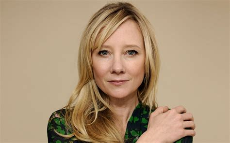 anne heche list of 8 celebrities with herpes