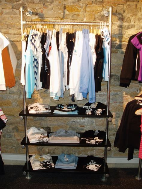 Store Clothing Racks Retail Clothing Racks Stylish Easy To Configure Racks