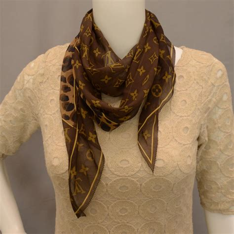louis vuitton monogram leopard silk scarf 34818