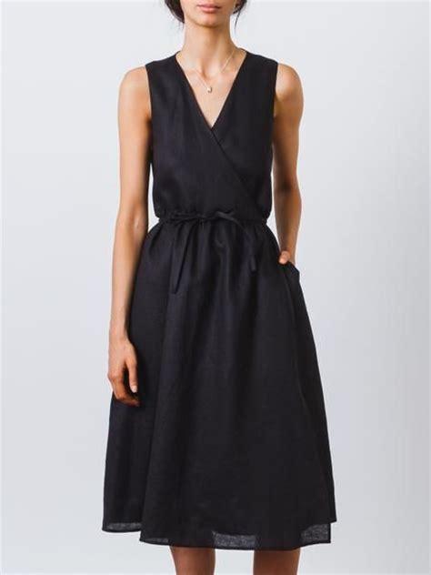 minimalist french clothing for women black linen wrap dress 2017 fashiondivaly fashiondivaly