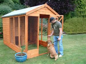 dog runners for backyards two dogs dog houses and dogs on pinterest