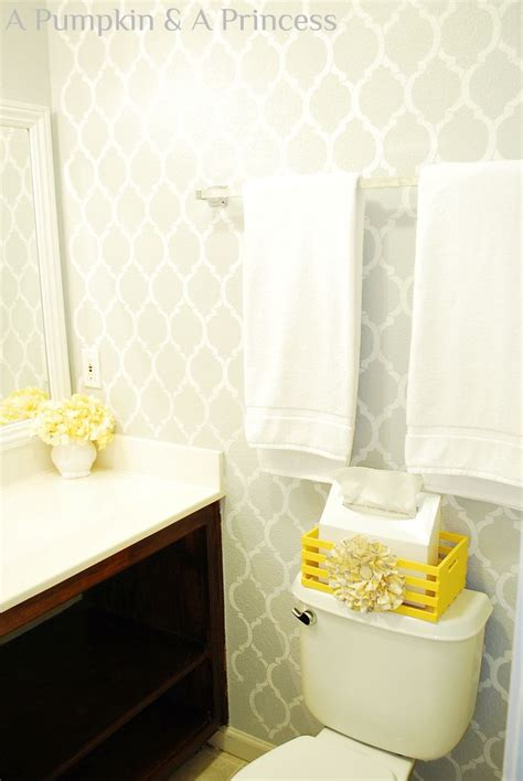 gray yellow bathroom 17 best ideas about yellow bathrooms on yellow