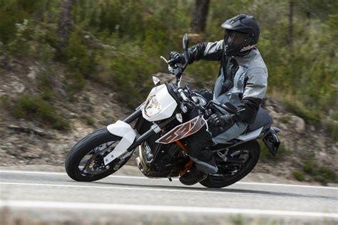 Motorrad Enduro Test 2014 by Ktm Test Einzylinder 690 Duke Enduro R Smc R