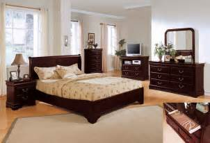 Home Decor Bedroom Sets by Bedroom Decorating Ideas With Cherry Furniture Room