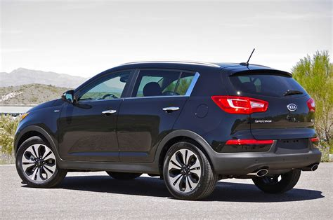 Kia 2011 Sportage Car Pictures And Photo Galleries Autoblog
