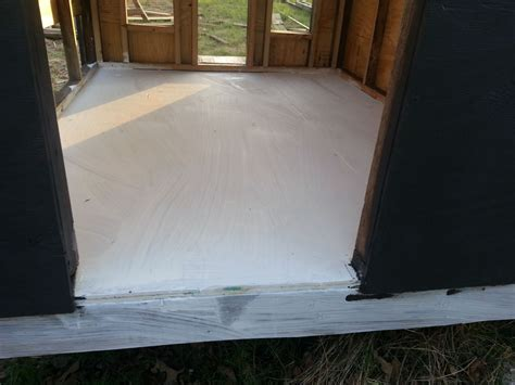 need advice on using a covering for plywood floor of coop page 8