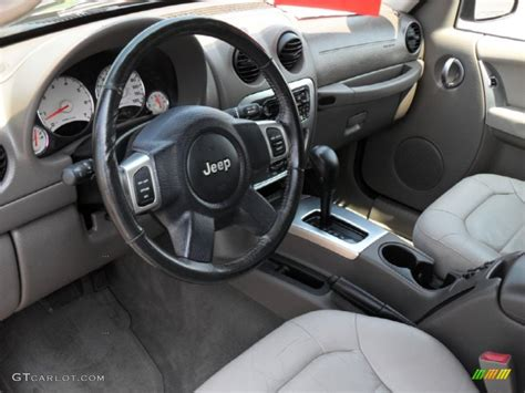 jeep liberty 2010 interior jeep liberty interior see 2005 jeep liberty color options