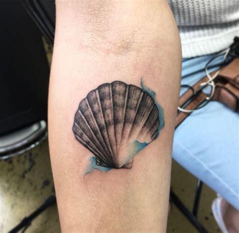 50 bello seashell tatuaggi disegni che amerete