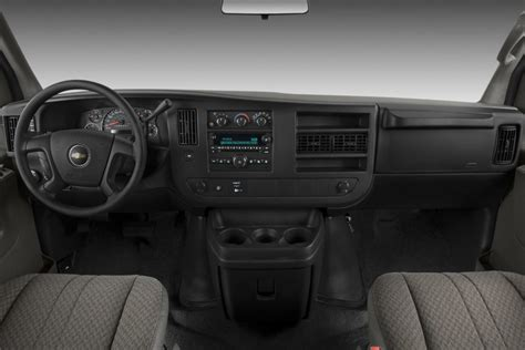 Chevy Express Interior by 2011 Chevrolet Express Review Specs Pictures Price Mpg