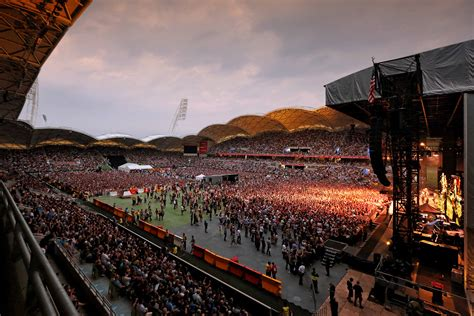 house melbourne concert sporting event history aami park