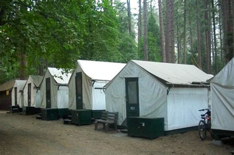 curry tent cabins picture of half dome
