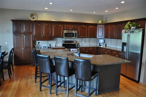 Golden Oak Kitchen Cabinets by Kitchen Cabinets Golden Oak Quicua