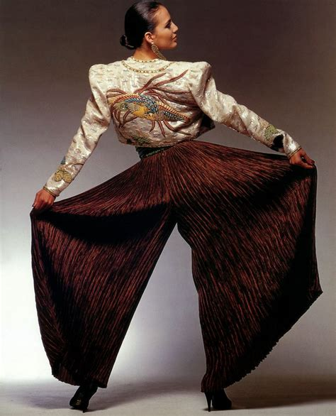 Mary Mcfadden Java Collection Photographed By Sam Haskins Mcfadden Fashion Designer Encyclopedia Clothing