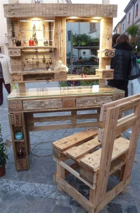 Pallet Furniture by Best 25 Wooden Pallet Furniture Ideas On
