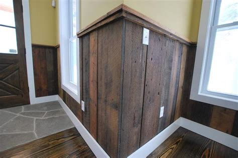 Barn Board Wainscoting by 9 Best Wainscoting Ideas For Your Bathroom Images On