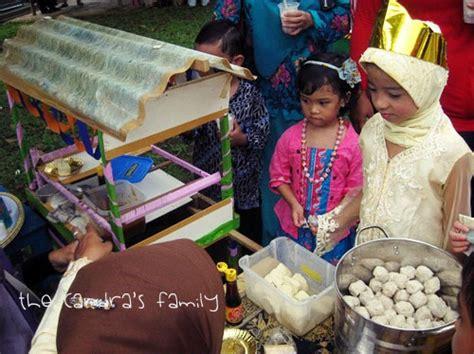 candras familie festival budaya sunda  sekolah