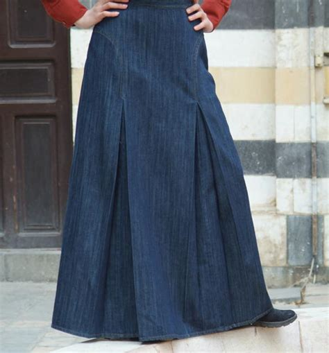 denim inverted box pleat skirt