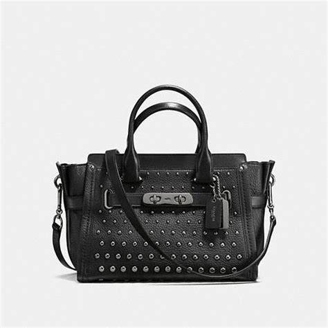 Ready Coach Swager 33 Black coach swagger 27 in pebble leather with ombre rivets