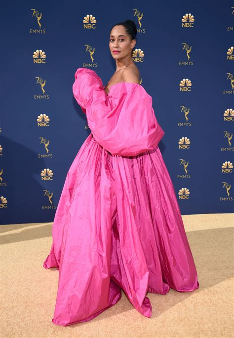 tracee ellis ross pink dress tracee ellis ross stunned the 2018 emmys red carpet in