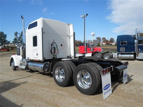 used 2006 kenworth w900l tandem axle sleeper for sale in